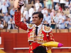 Valiosa oreja para Joselito Adameen Sevilla