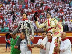 Padilla y Roca Rey triunfan en Pamplona