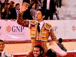 El Zapata sale a hombros en Irapuato