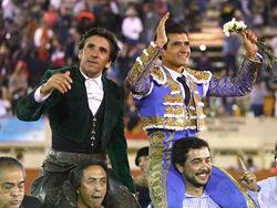 Ventura y Joselito triunfan en Moroleón