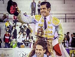 Diego San Román sale a hombros en León